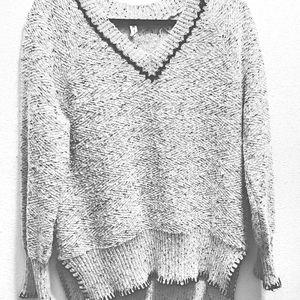 Cable & Gauge V-Neck Sweater-XL